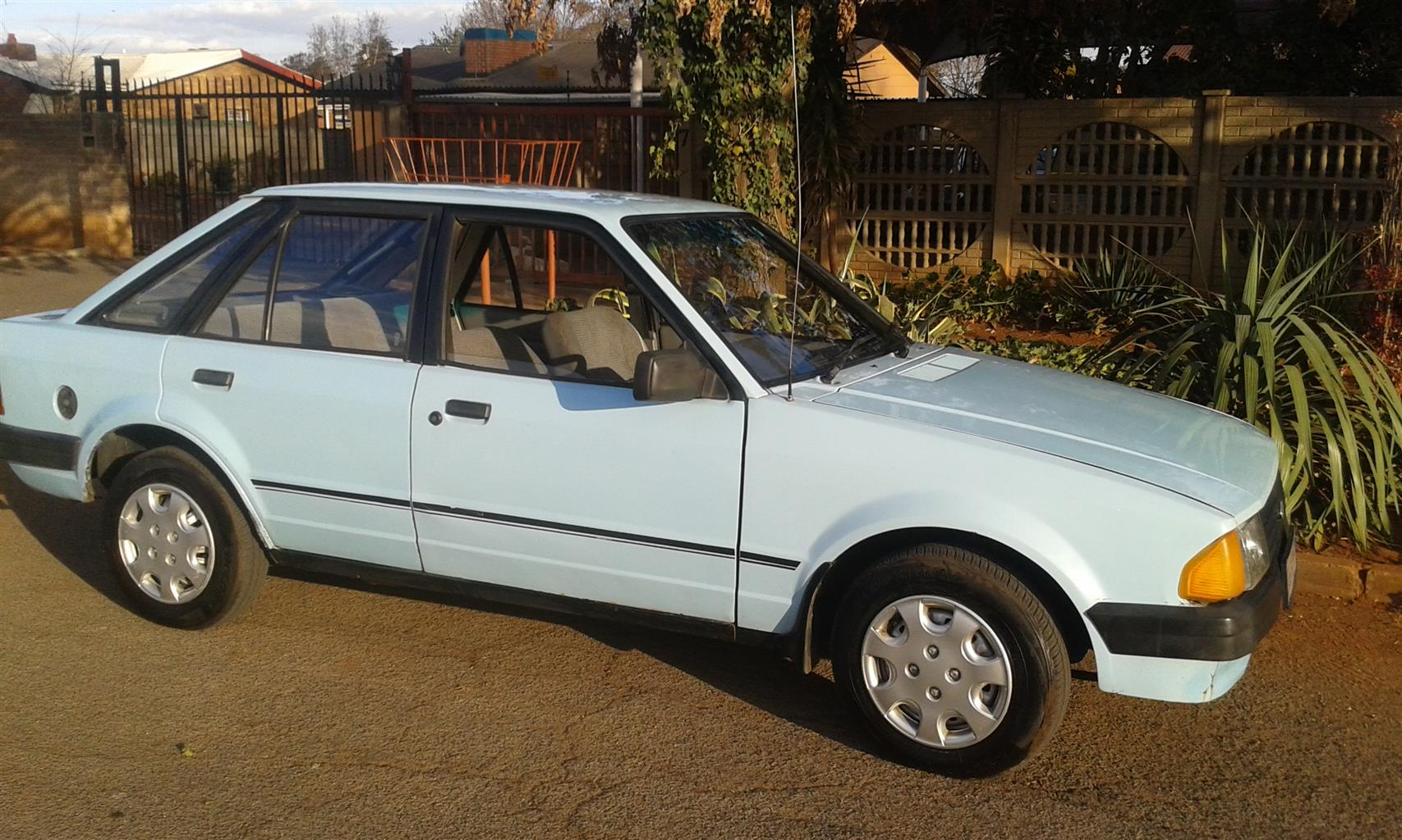 ford escort  1.3 l in excellent original condition must be seen