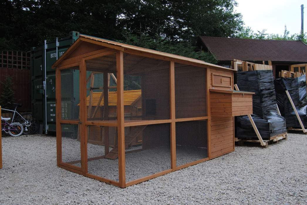 Quality Chicken Coops with Run for sale.