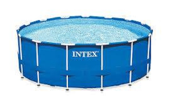Intex Pool complete with Pump and all pipes etc