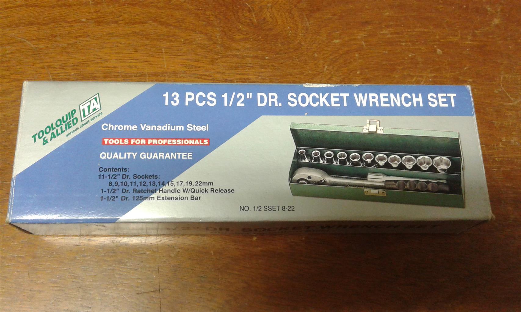 "13 pcs 1/2"" DR. SOCKET WRENCH SET"