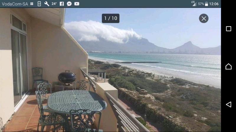 Luxury apartment to share in a 2 bedroom Lagoon Beach, Milnerton, beachfront