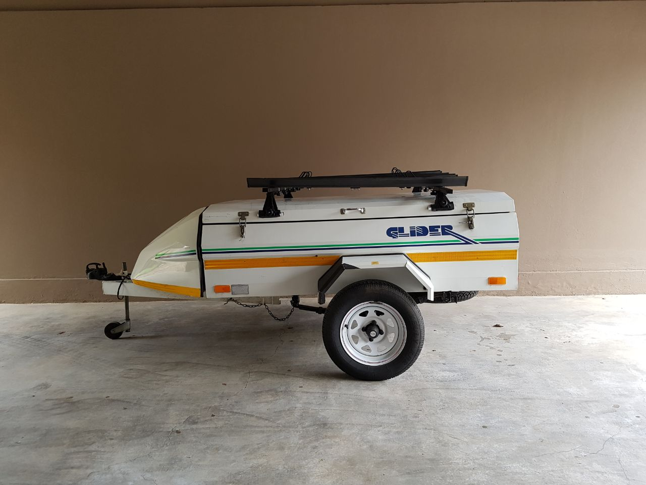 Trailer with roof rack for sale c