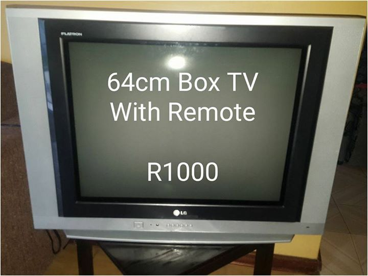 64 cm box TV with remote