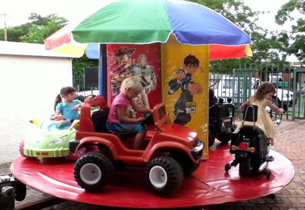 Kids carousel for 5-7 kids on trailer