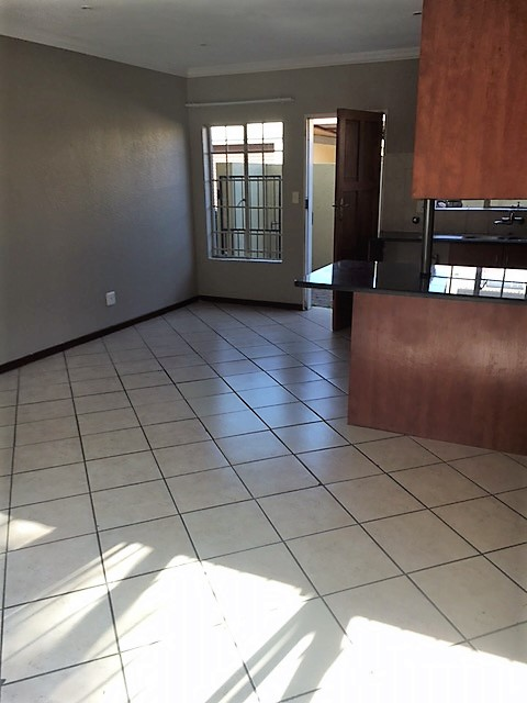 A very neat and spacious newly renovated duplex in a secure complex to rent.