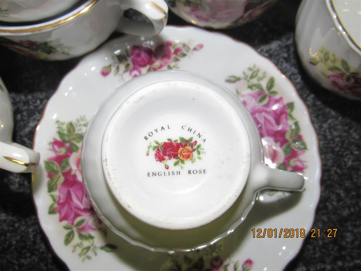 Royal China English Rose Tea Set (88 - Pcs)