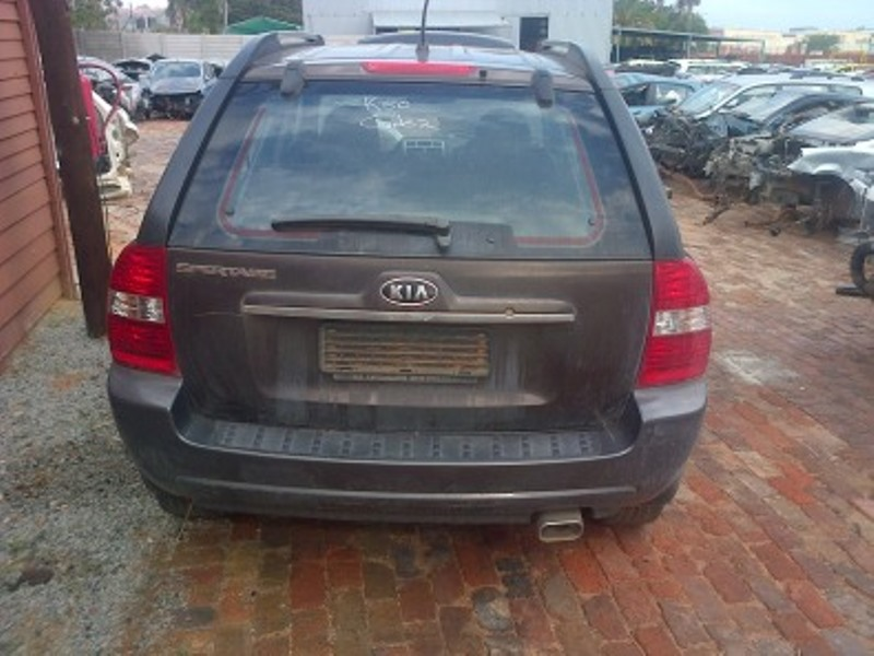 Kia Sportage 2008 4x2 now for stripping of parts.