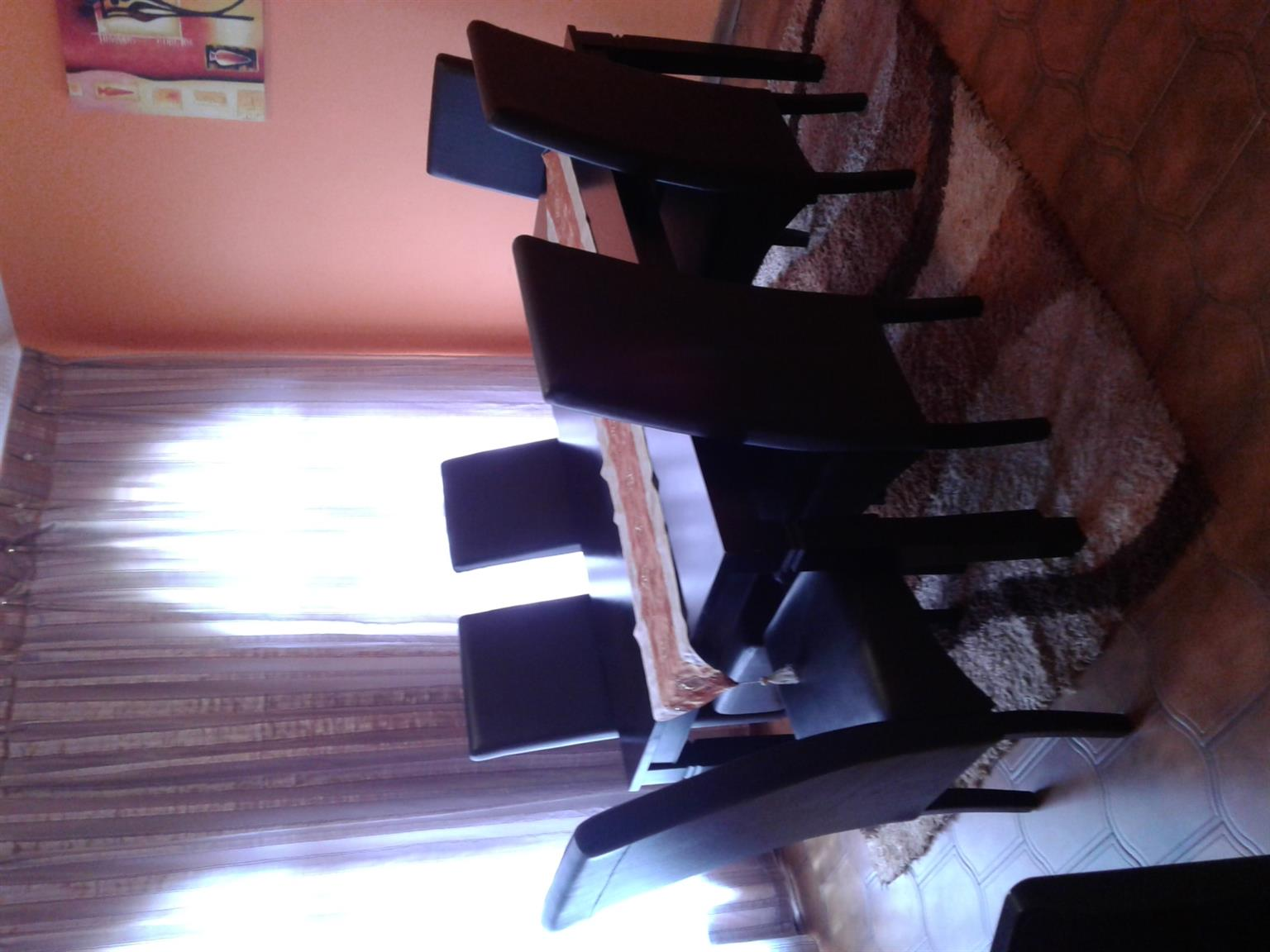 Selling Dining room set