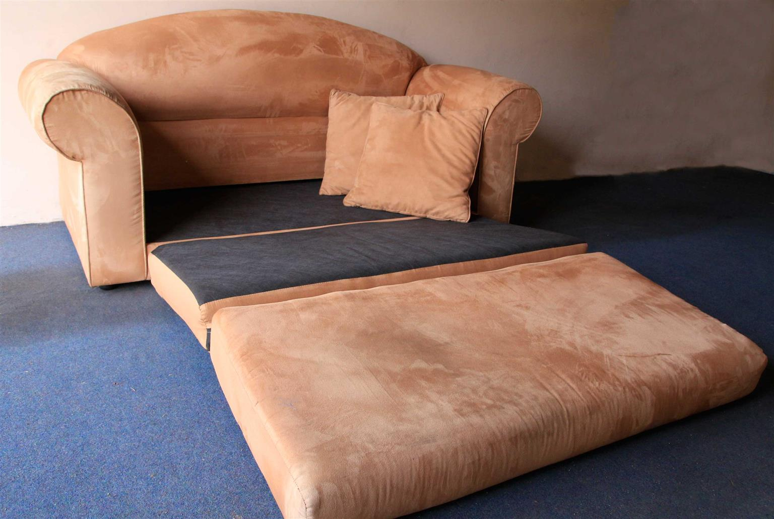 Couch 2 seater sleeper