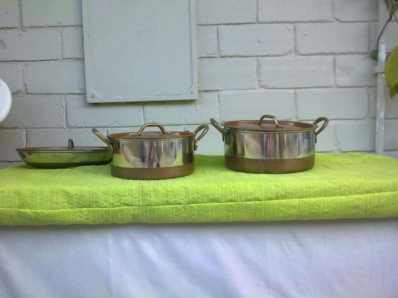 COPPER/BRASS/STAINLESS STEEL POT SET - FOR HANGING AS KITCHEN DECOR OR PERSONAL USE