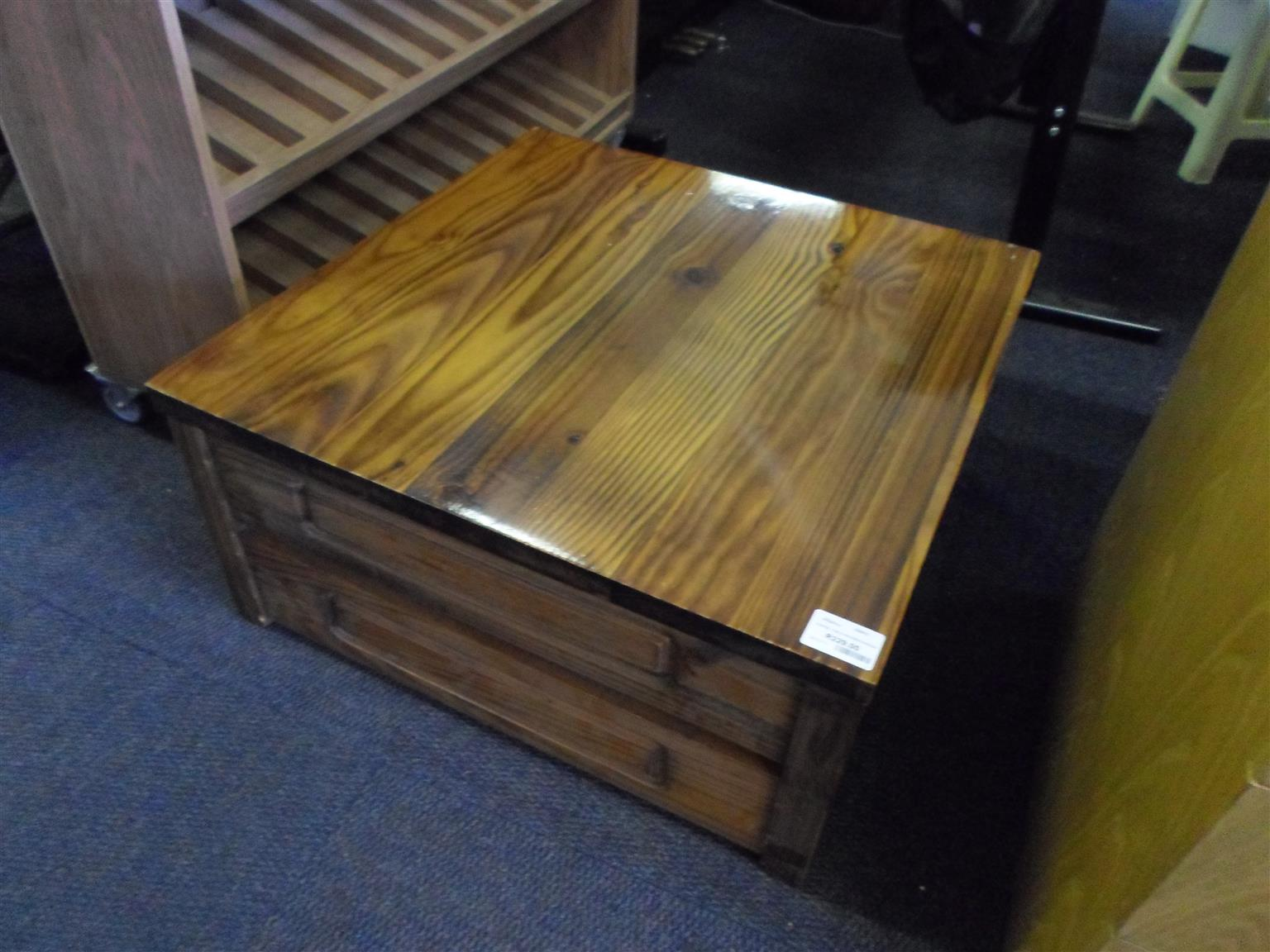 Wooden Coffee Table f