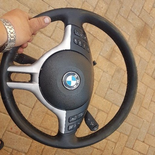 Bmw E46 steering wheel and airbag