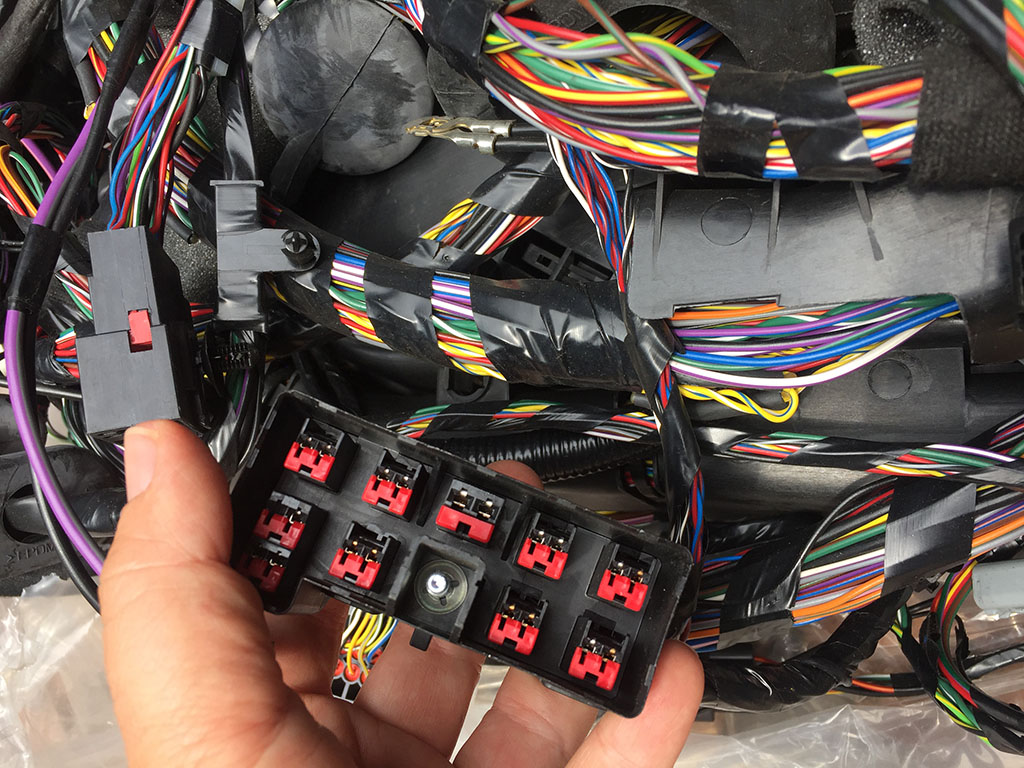 Main Wiring Harness Discovery 4 Junk Mail Land Rover 1 Trailer