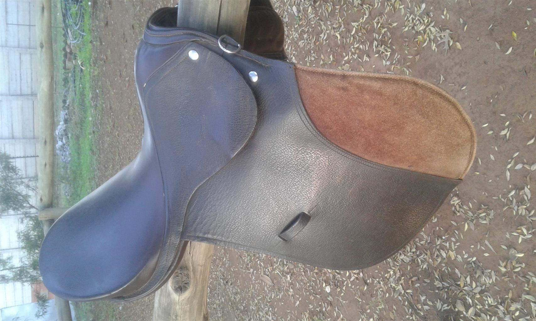 """Starter 17"""" GP saddle for sale"""